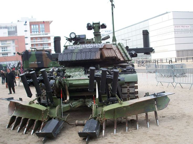 Tank french army Strasbourg 2010 - 2 - Génie militaire — Wikipédia