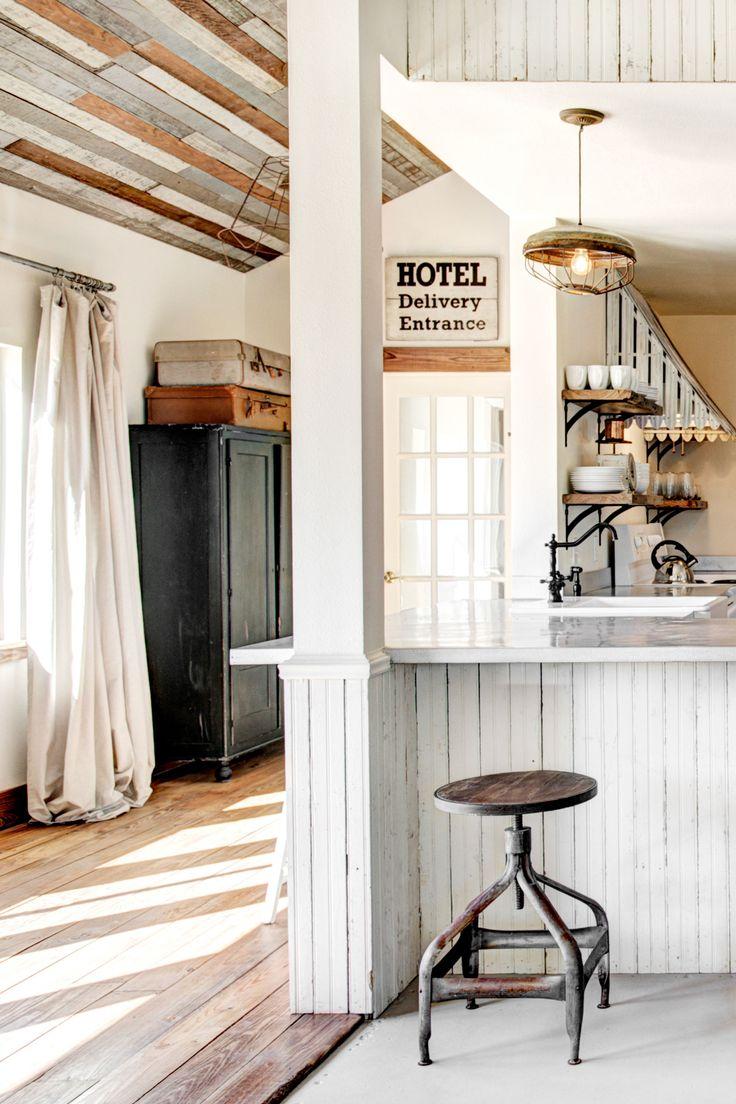 196 best Rustic Decorating Ideas images on Pinterest | Chandelier ...