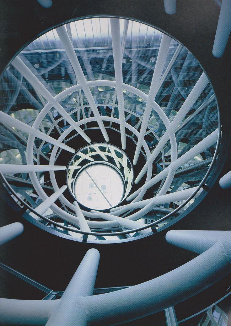 Sendai MediathequeToyo ItoSendai-shi, Japan2001