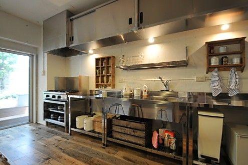 キッチンの様子2。業務用キッチンです。(id:96163,キッチン)