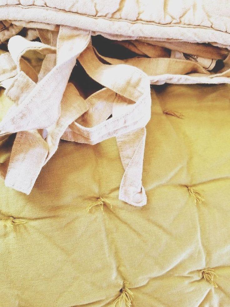 Pottery Barn Quilt Set Queen/Full Cotton/Linen Natural Green Tied Std. Shams #PotteryBarn
