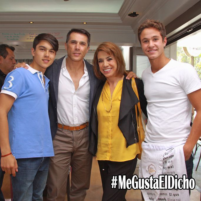Sergio Mayer Mori, Sergio Mayer, la productora Genoveva Martínez y Michael Ronda