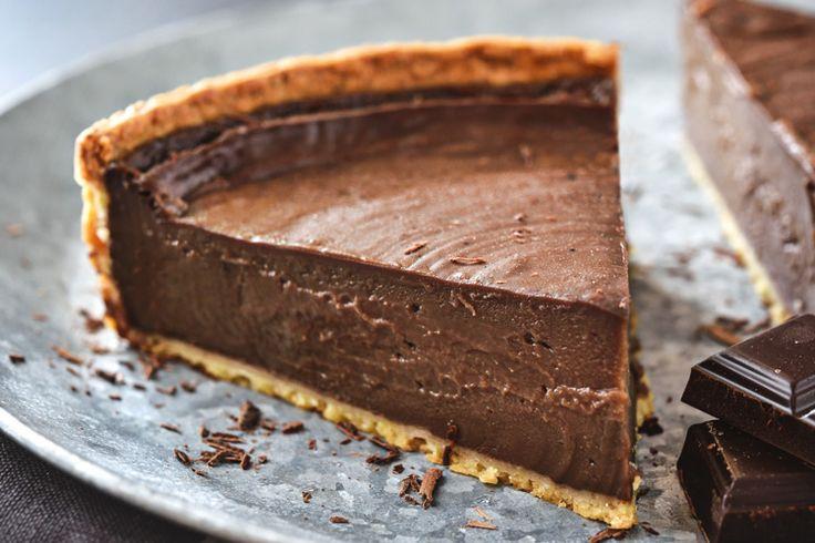 Savourez ce flan flan pâtissier au chocolat en suivant bien notre recette facile et gourmande. Un vrai délice à partager en famille au dessert.
