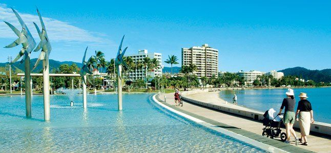 Esplanade Lagoon in Cairns, Australia