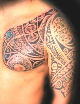 19 best images about tatouages d 39 armure polyn sien maori tattoo armours on pinterest models - Tatouage bras entier homme ...