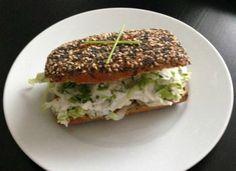 Broodje kruidenkaas a la La Place (V&D). Super makkelijk om zelf te maken