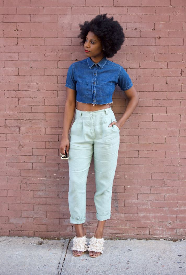 Browse 20 picture-perfect picnic outfit ideas at @stylecaster | 'Fashion Steele' blogger in denim cropped button-down, high-waist slacks, fringe mules