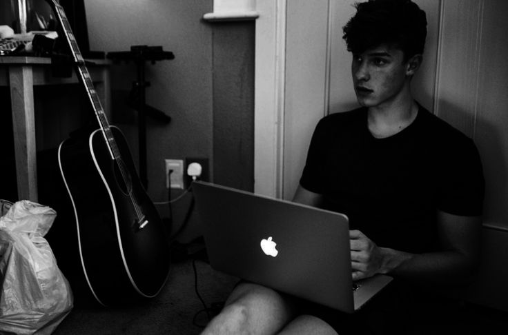 18 Pictures Of Shawn Mendes To Appreciate On His 18th Brithday