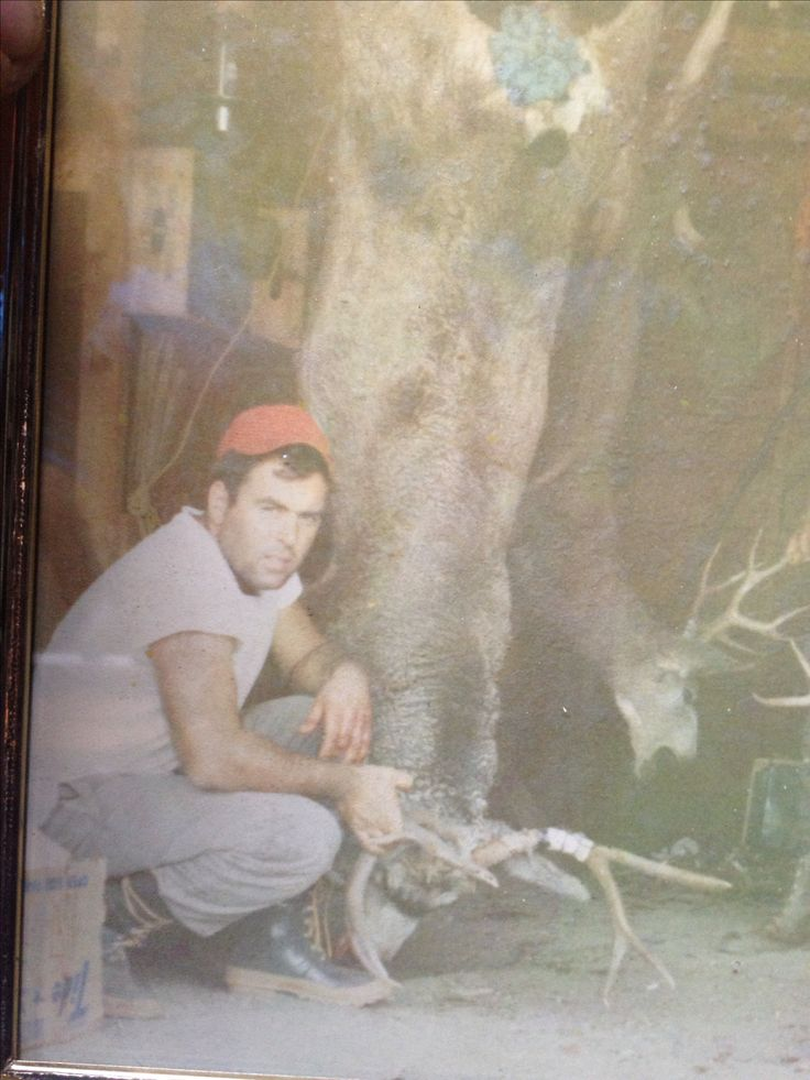 My Dad. The greatest Hunter, Father and Friend RIP Dad. I miss you and love you