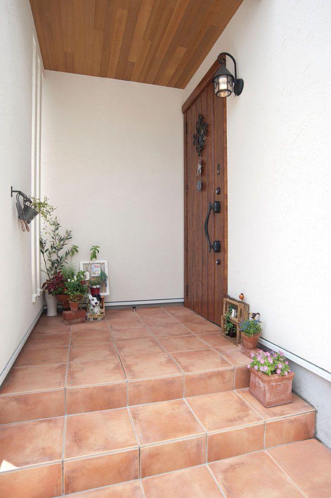 可愛く暮らす フレンチカントリースタイルの家 注文住宅の事例写真