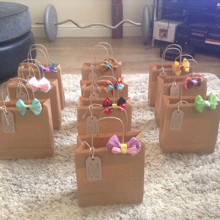 My super cute vintage disney party bags!