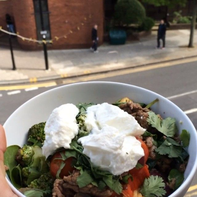 The Body Coach: Extra Lean Paprika Muscle Mince with @totalgreekyoghurt