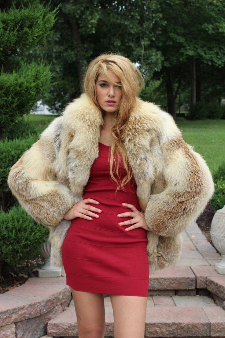 Pin By Chris Norman On Fur 7 Fur Coat Fashion Fur
