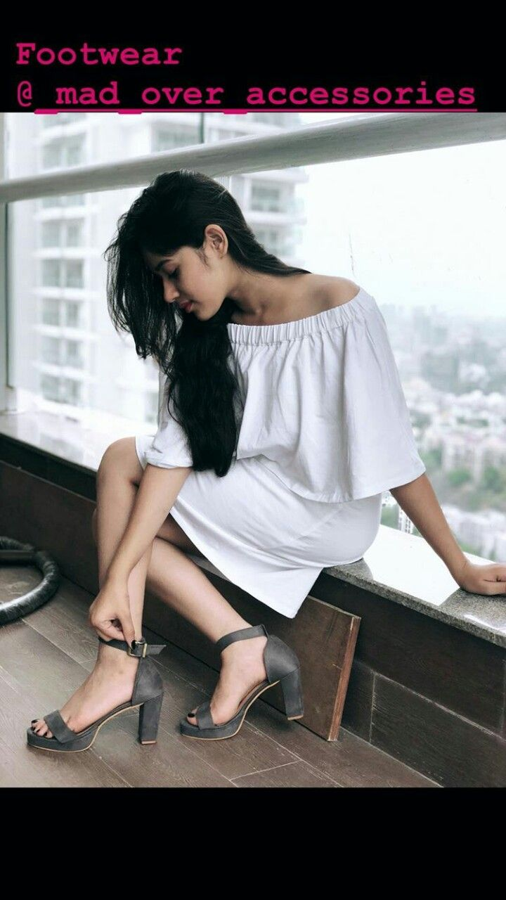 Jannat zubair pink dress  The  best Outfit images on Pinterest  Black jeans Black pants and