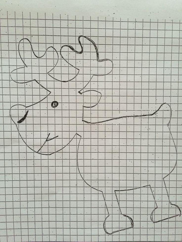 Tutoriel pour le renne. Sur feuille quadrillée dessiner le renne ou autre motif.