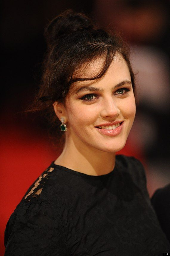 'Downton Abbey's Jessica Brown Findlay Describes The Shock Of Her Character Lady Sybil's Death