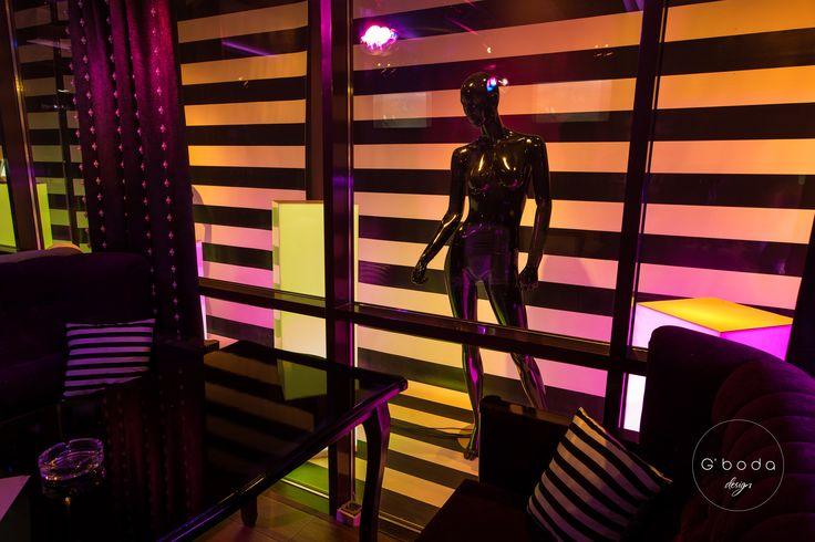 #MadeByGbodaDesign   Караоке-бар VOGUE. Расположение: Пятигорск, Россия. Год: 2015. Дизайн: G'boda design   Больше фотографий по ссылке: https://vk.com/album-55911919_223204050  #Gboda #GbodaDesign #дизайн #design #дизайнер #designer #интерьер #interior #бар #bar