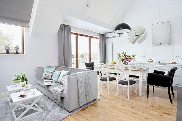 http://www.weranda.pl/domy-i-mieszkania/tarasy-z-baletnica #mieszkanie #taras #baletnica #dom #blok #salon #kuchnia #pokoj #podwojne #szary #biały #czarny #meble #sofa #krzeslo #lampa #room #home #dancer #stylish #shinny #glamour #serious #beauty #great #style #modern #grey #white #wood