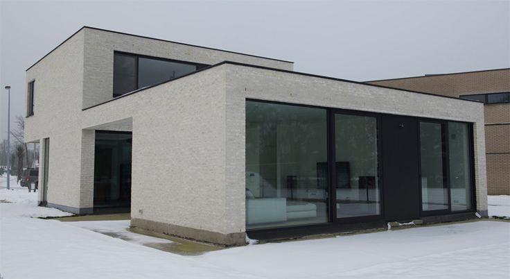 Hoge Vest gevelsteen: witte en grijze gevelsteen