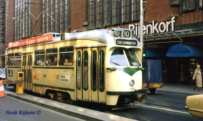 www.spoorforum.nl 1103 aanrijding met Westnederland 4760 Grote Marktstraat 13 juni 1975.