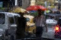 blurry...: Umbrellas Parasol, Umbrellas Fun, Rainy, Umbrellas In, Rain Rain, Wet Glasses