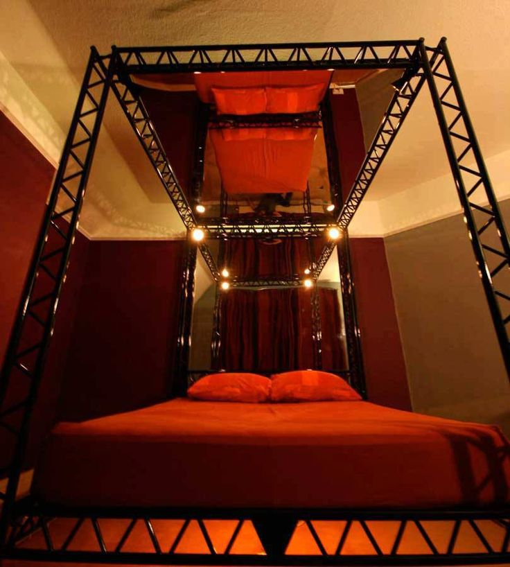 Perfect Red Room Of Pain Playroom Bed