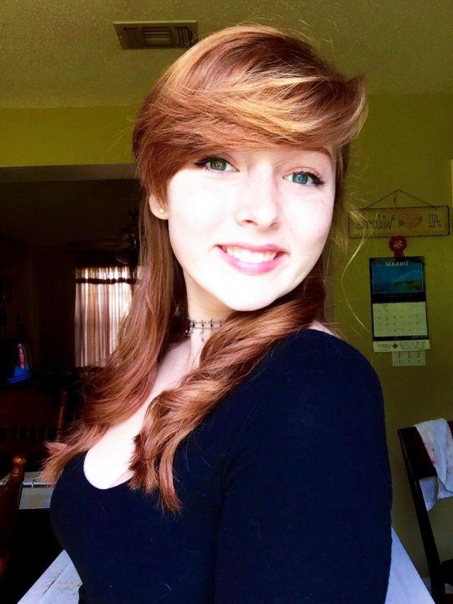 Nude redhead selfie