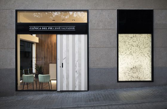'Clinica Del Pie' chiropody clinic by estudiHac, photo: David Zarzoso
