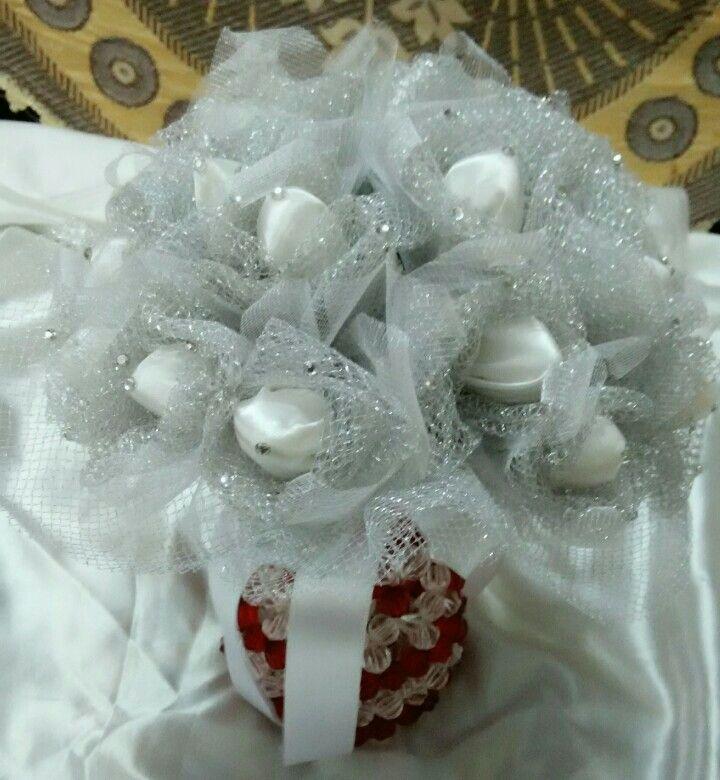 silver buquet