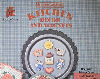 Poco Whittles cocina decoración e imanes libro de pintura decorativa, por Provo Craft, Vintage 1995