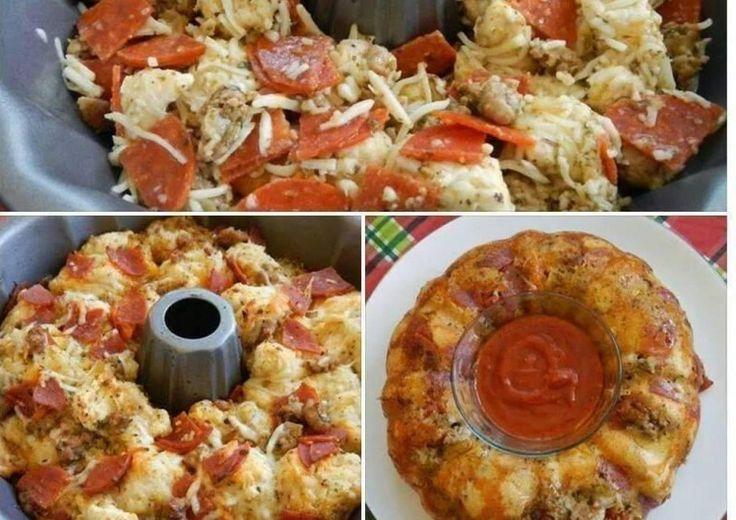 Μια φανταστική ιδέα για το παιδικό πάρτυ,είναι να φτιάξετε εκτόςαπότη κλασικήPizzaένακέικ με γέυση pizza!!Είναι πεντανόστιμο,πανεύκολο και μιαπρωτότυπηιδέα!    2 1/2 κούπες αλεύρι για όλες τις χρήσεις  1 baking powder (20 γρ.)  4 αβγά  1 κεσεδάκι στραγγιστό γιαούρτι  3/4 κούπας σπορελαιο μπορεί