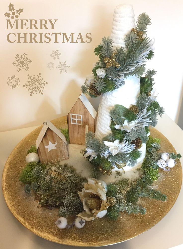Oltre 1000 idee su centrotavola di fiori su pinterest - Centrotavola natalizi con fiori finti ...
