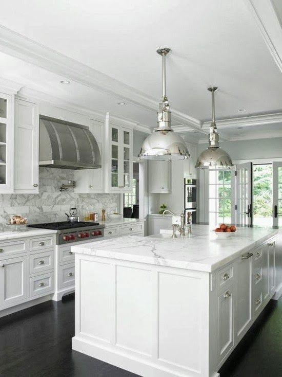 white-kitchen-design-with-stainless-steel.jpg 550×733 pixels