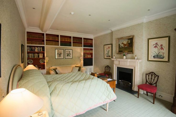The Liverpool Bedroom (ensuite).