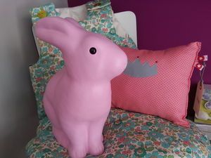 Le Lutin Vert design, pink bunny rabbit lamp