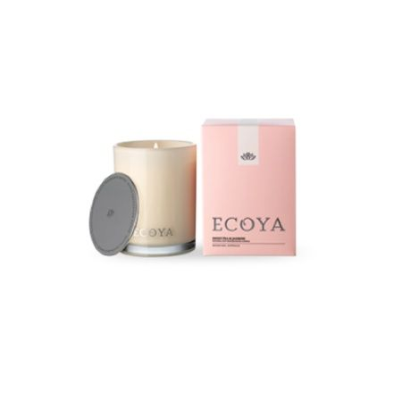 Ecoya Candle – Sweet Pea and Jasmine. 400gm soy wax candle in madison jar  Enchanting sweet pea and white jasmine entwine to capture the very essence of floral elegance. Delicately uplifting notes of watermelon and cucumber add extra freshness to round out the composition.