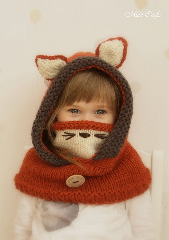 Knit fox hood cowl Rene PDF knitting pattern in por MukiCrafts