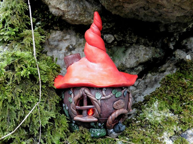 https://flic.kr/p/BBQJuE | Fairy House 2