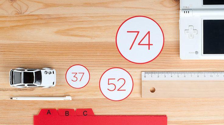 Hinterlasse Spuren mit dienen eigenen Vinyl-Stickern. Auf Camaloon entdeckst, entwirfst und kaufst du deine eigenen Vinyl-Sticker.