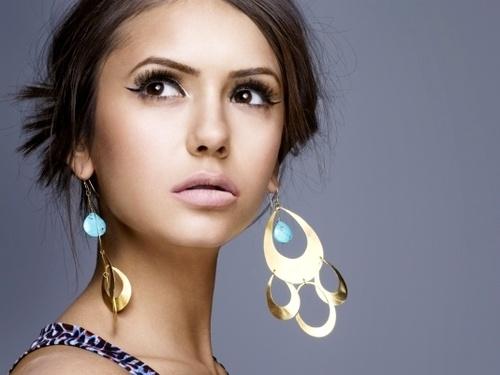 nina dobrevThe Vampires Diaries, Girls Crushes, Makeup, Beautiful, Hair, Art Deco, Nina Dobrev, Eye, Earrings
