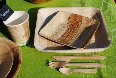 Per la tavola easy-chic: la foglia di palma e il legno di betulla. Totalmente biodegradabile e compostabile. Bella, elegante, tratica, e buona con l'ambiente! #biodegradabile #compostabile #ecologia  #gastronomia #catering #ecosostenibile www.ecobioshopping.it