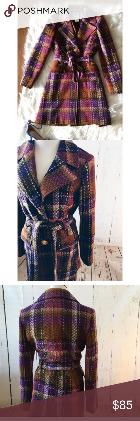 """Guess Marciano Tweed Trench Gold Button Coat Med This is a gorgeous Tweed Trench coat made by Marciano size medium. Lined. 100%wool and 100% poly blend lining. Comes with matching belt. Sleeve length 25""""/ bust up to 36"""" (when button)/ coat length 34."""" Front pockets. Gently used- in great condition and no visible flaws. 4/18/17 Guess by Marciano Jackets & Coats"""