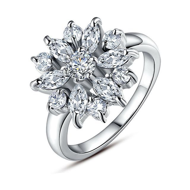 Женское кольцо - Алмазный цветок Серебряный с белым камнем