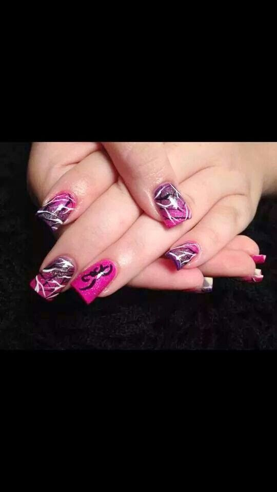 Muddy girl nails... way cool