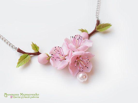 Necklace Sakura Cherry Blossom Peach Polymer por SaisonRomantique
