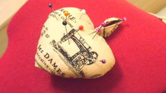 pin cushion, sewing accessories, pincushion, heart pin cushion, cotton pincushion, gift for sewer, dressmaker's accessories, sewing tools