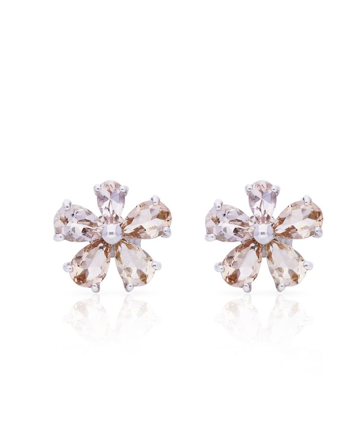 Love Me Daisy Stud Earrings, mastercrafter from 18ct gold and morganites. Perfect for your spring wardrobe  – Jenna Clifford