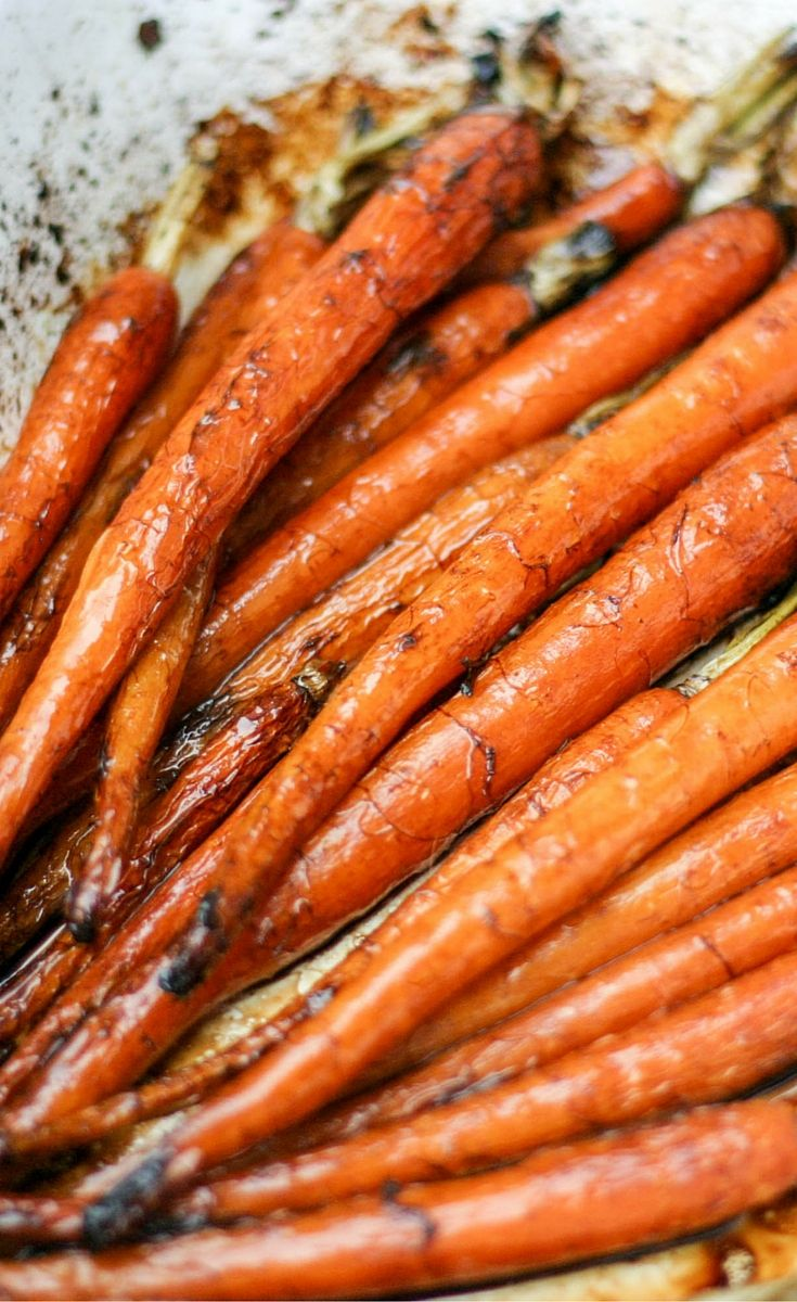 These roasted balsamic carrots make an awesome accompaniment to any main meal. All it takes is fresh carrots, balsamic vinegar and time. Perfect for Thanksgiving or Christmas!