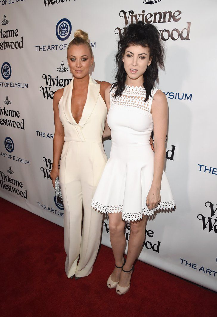 Pin for Later: See How the Stars Are Kicking Off Golden Globes Weekend!  Pictured: Kaley Cuoco and Briana Cuoco