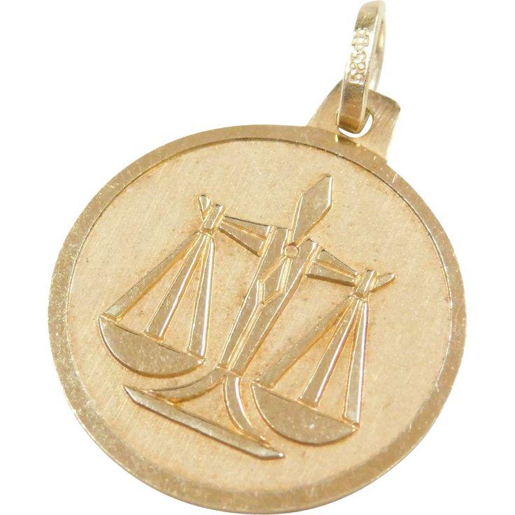 Vintage 14k Gold Libra Zodiac Charm ~ September 22 - October 22nd ~ Air,,